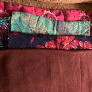 4 scarves